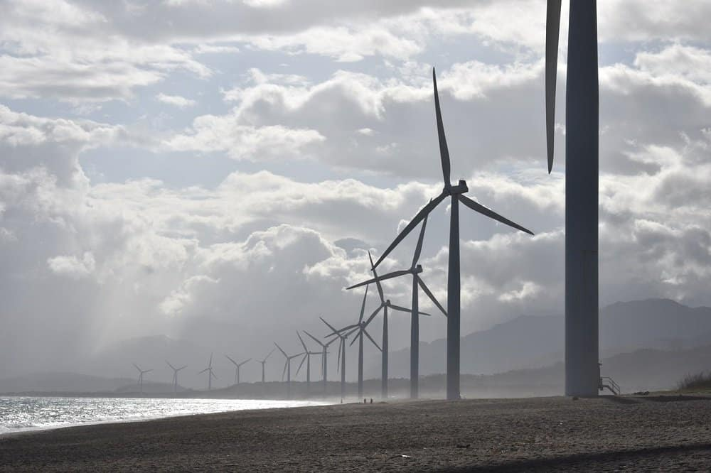 how to invest in wind energy